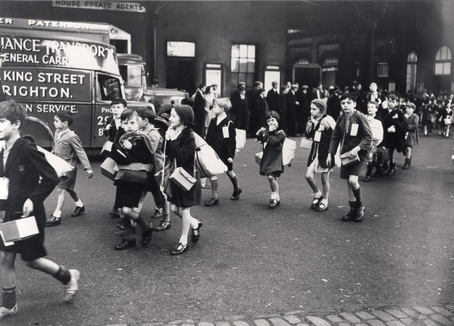 Evacuees outside Brighton Station, September 1939 | Royal Pavilion & Museums Brighton & Hove