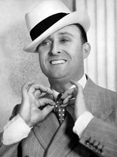 Max Miller 'The Cheeky Chappy' - booted and suited | Wikimedia Commons