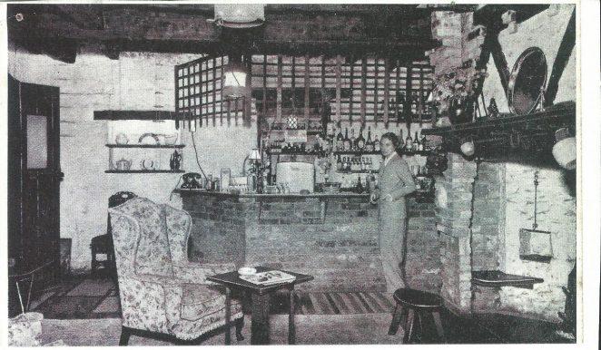 Val's Taverne