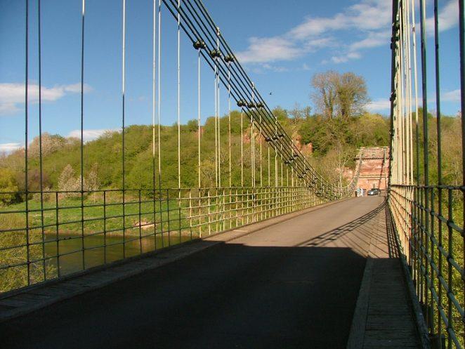Union Bridge. Chains and Links.