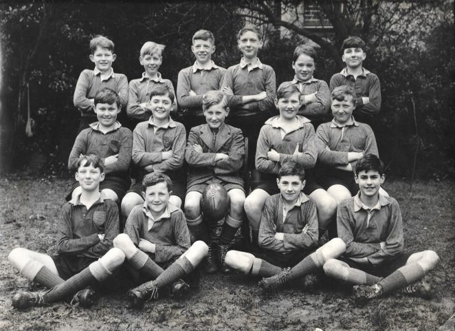 1951 Rugby XV. Back:  Gladding, Loadsman, Ryall, Burr, Urie, Stoner