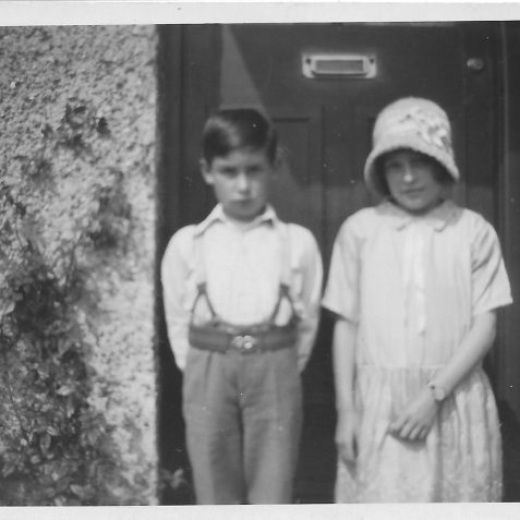Marguerite (Peggy) and Leslie Phillips (ca 1930) outside of 125 Ingram Crescent, Hove.