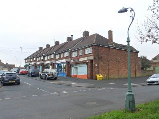 Burwash Road shops | Wikimedia Commons