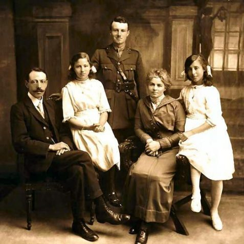 Family portrait - Adolphe, Janie, Albert, Francoise and Edith   Brighton and Hove Museum