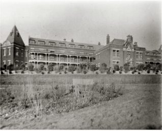 Bevendean Hospital originally opened in 1881 as a smallpox sanatorium. The main buildings were erected in 1898, and the institution became the Brighton Borough Hospital | Reproduced courtesy of  Royal Pavilion, Libraries & Museums, Brighton & Hove