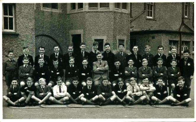 Class photo 1954 | From the private collection of David Tarr