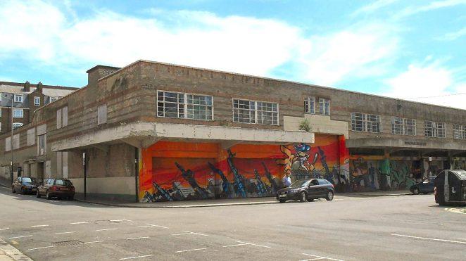Municipal Market: closed in 2005 | Hassocks5489: Wikimedia Commons