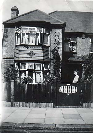 Photograph of 14 Jesmond Road, Aldrington in 1947 | Photo from the private collection of Lesley Ross