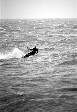Kite Surfer 4 | Sean Clark / www.underwaterimage.co.uk
