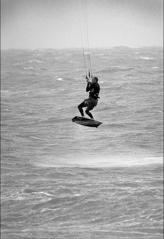 Kite Surfer 2 | Sean Clark / www.underwaterimage.co.uk