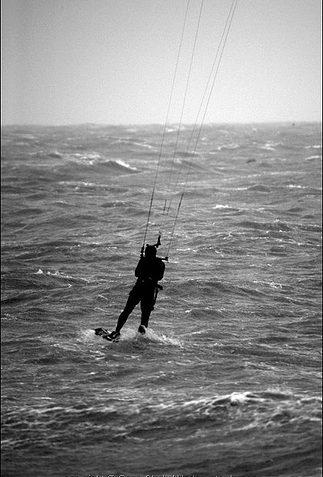 Kite Surfer 1 | Sean Clark / www.underwaterimage.co.uk