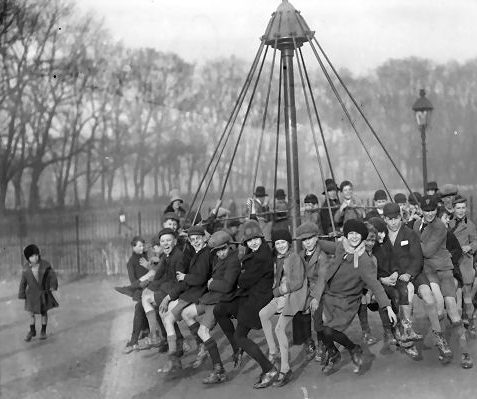 The 1929 launch of the playground | Reproduced with courtesy of The Argus