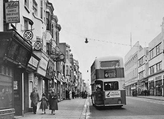 Bus in Western Road 1955 | Image reproduced with kind permission of The Regency Society and The James Gray Collection