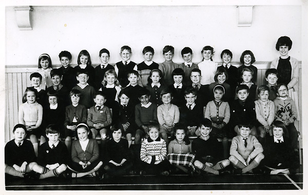 Stanford Road Junior School Class photo 1964 | From the private collection of  Martin Harvey