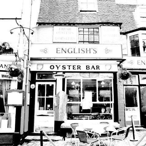 Oyster bar | Copyright Julie Tierney 2009