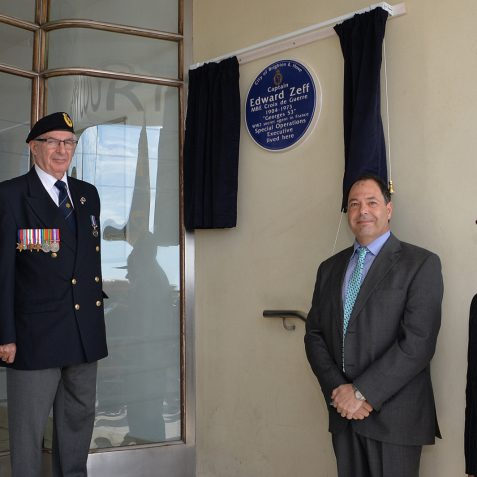 Honour for Jewish war hero and camp survivor