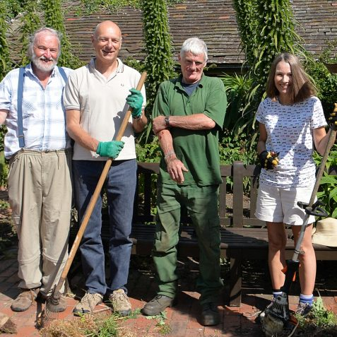 Robert, Davey, Evan, (Garden Manager), Pauline | Kipling Gardens ©Tony Mould
