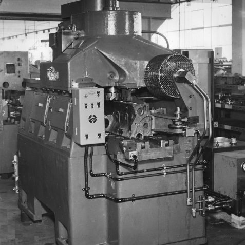 Special Purpose 2 Spindle Vertical Travelling Head Machine c. 1950's | From the private collection of Peter Groves