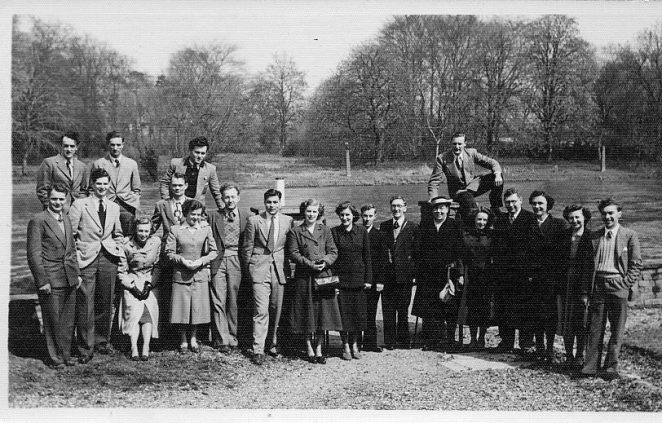 An Allen West outing at Runnymede. Click on the image to open a large version in a new window | From the private collection of Digger Arculus
