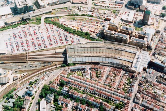 Aerial view, Brighton station, July 1991 | Picture contributed on 11-05-04 by Ian McKenzie, from private collection
