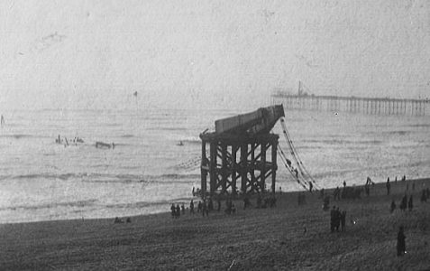 1896: Wreckage of Chain Pier