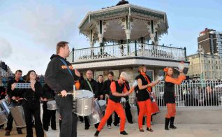 Colourful musical entertainment   Photo by Tony Mould