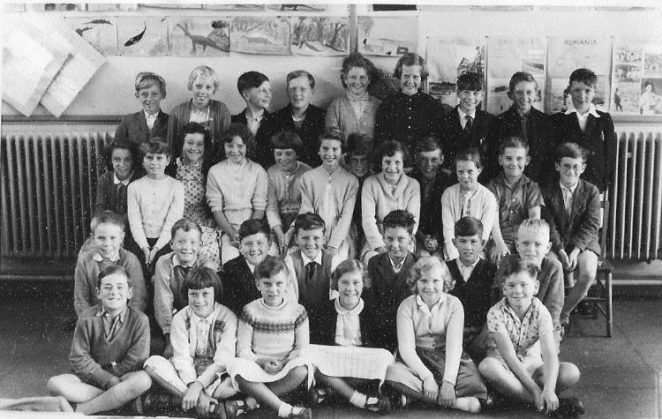 Benfield Junior School class | From the private collection of Alan Philips