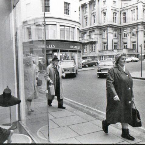 Brighton shopping c1968 | Photo by Rosalind Merriman