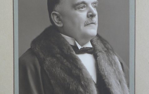 Councillor and Alderman: Jonathan Burberry (1859 - 1943)