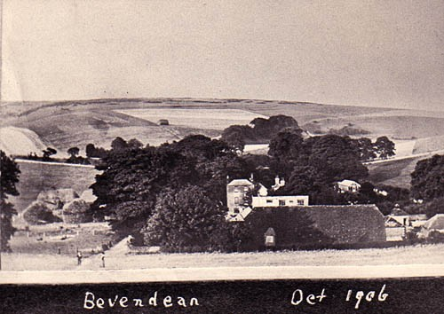 Photograph of Bevendean Farm, October 1906 | Image reproduced with permission from Brighton History Centre