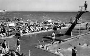 Black Rock Lido after WW2 | Black Rock lido after the Second World War. From the 'My Brighton' exhibit.