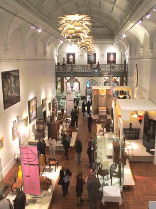 Photograph of Brighton Museum 2002 | Image courtesy of www.imagesbrighton.com