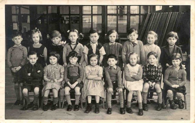 Primary schoolchildren from an unidentified Brighton school | From the private collection of John Maddock