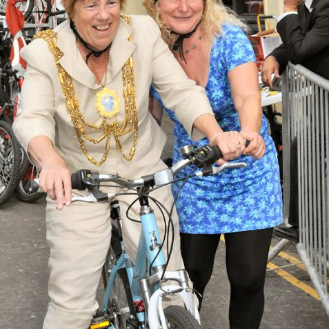 As you can see, The Mayor, Councillor Ann Norman gave her driver Robert Robertson the day off -(that's him in the background) | Photo by Tony Mould