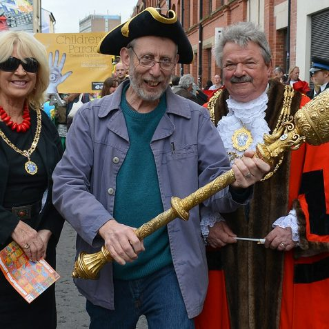 Michael Rosen with the Mayor and Mayoress of Brighton and Hove, Councillor and Mrs Bill Randall | Photo by Tony Mould