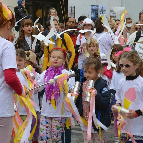 Children's Parade ©Tony Mould: images copyright protected