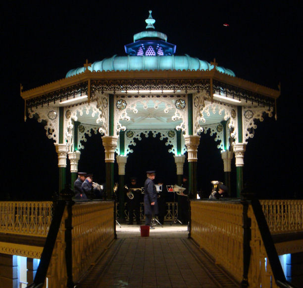 Christmas Carols on the bandstand | Image reproduced with kind permission of Brighton and Hove City Council
