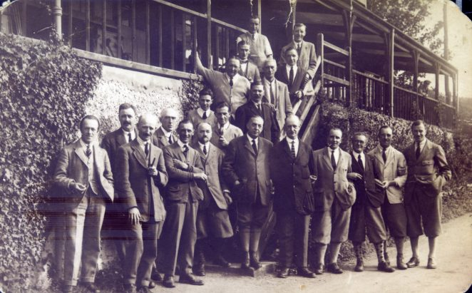 A gathering of members outside the clubhouse | HPGC Archive