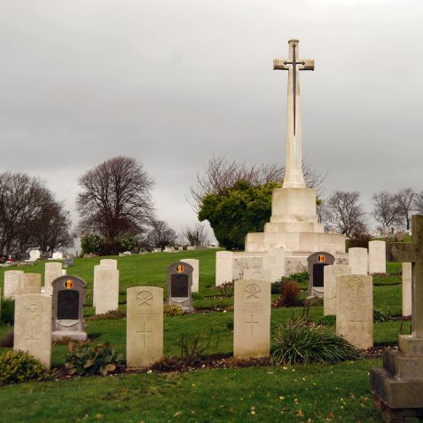 Commonwealth war graves | Photo by Tony Mould