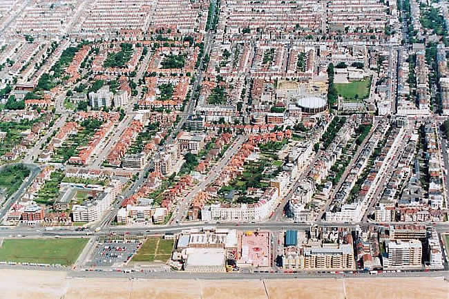 Aerial view of Central Hove, 1991 | Picture contributed on 11-05-04 by Ian McKenzie, from private collection
