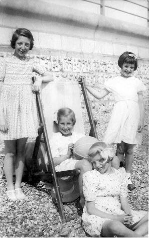 Rita, Eileen, Ida and Brenda at Undercliff Walk. Eileen and Ida were evacuees from Wandsworth and Balham. | From the private collection of Rita Denman