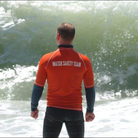 Safety Team Member | Sean Clark / underwaterimage.co.uk