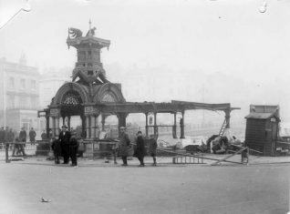 Demolition of the Aquarium entrance c1927 | Image reproduced with kind permission from Brighton and Hove in Pictures by Brighton and Hove City Council