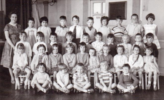Mrs Smith's class 1962 | From the private collection of Graham Maskell
