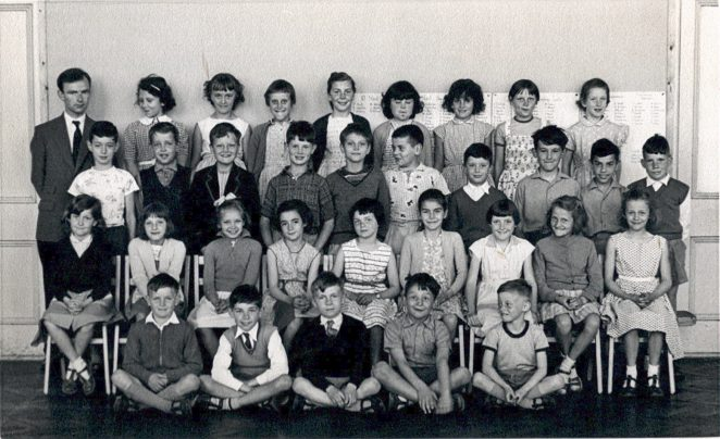Mr Foster's class: June 1960 ( I am third row back 2nd from left near sir) | From the private collection of Tony Belcher