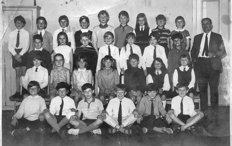 Mr Hinton: Class 11-1969