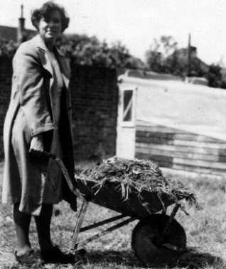 Photo - Digging for victory in Ovingdean | From the private collection of Mrs. Eileen Hunter