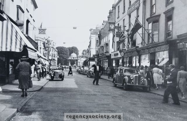 East Street in the 1950s | Image reproduced with kind permission of The Regency Society and The James Gray Collection