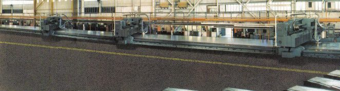 The 200 Series Maxetrace, after the 1988 upgrade, showing the 3 gantries and now 87 metres in length | From the private collection of Dick Duly
