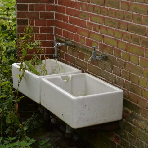 Hand washing sinks | ©Tony Mould: images copyright protected